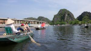 Vietnam-Baie d'Along terrestre